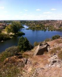 The River Tormes, Ledesma