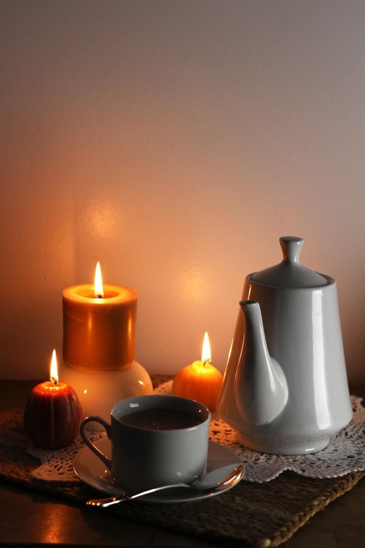 candles-2332674_1920.jpg